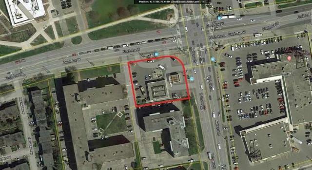 pictures of 4926 Bathurst St, Toronto M2R 1N2