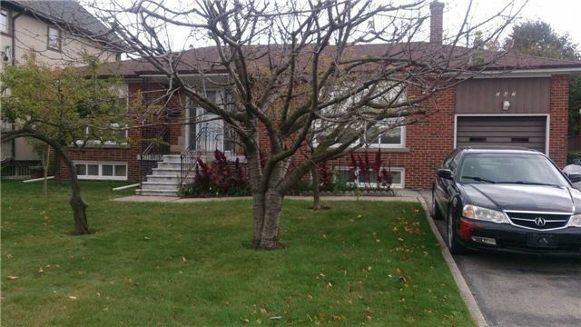 pictures of house for sale MLS: C4681676 located at 247 Brighton Ave, Toronto M3H4E8