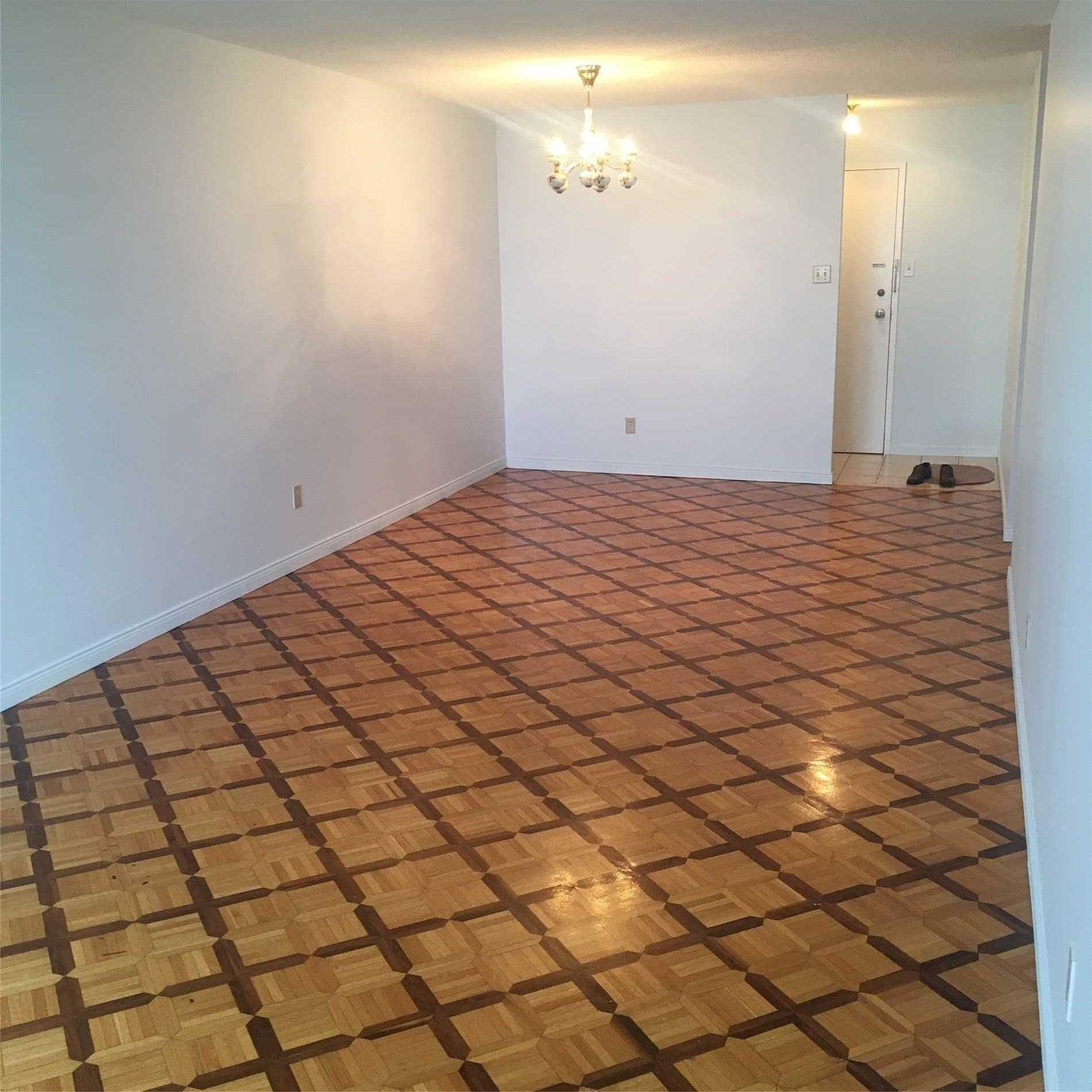 Image 2 of 9 showing inside of 3 Bedroom Condo Apt Apartment for Lease at 10 Tangreen Crt Unit# 2405, Toronto M2M4B9