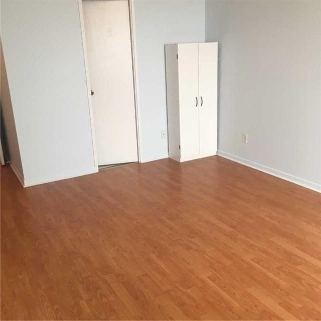 Image 8 of 9 showing inside of 3 Bedroom Condo Apt Apartment for Lease at 10 Tangreen Crt Unit# 2405, Toronto M2M4B9