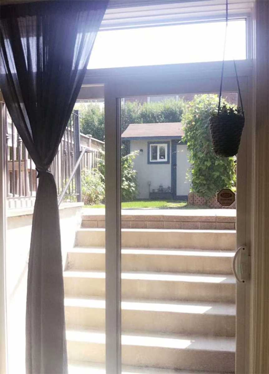 Image 6 of 7 showing inside of 1 Bedroom Detached 2-Storey for Lease at 147A Drewry Ave, Toronto M2M1E3