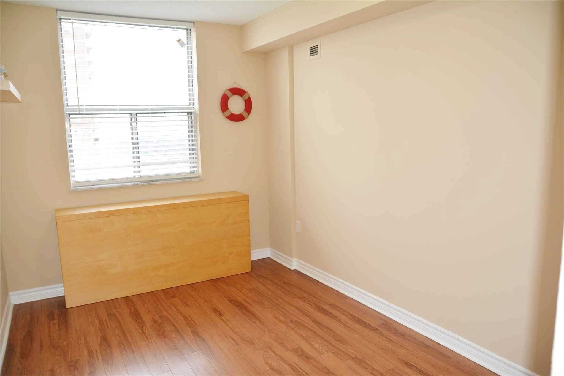 Image 3 of 14 showing inside of 3 Bedroom Condo Apt Apartment for Lease at 205 Hilda Ave Unit# 2104, Toronto M2M4B1