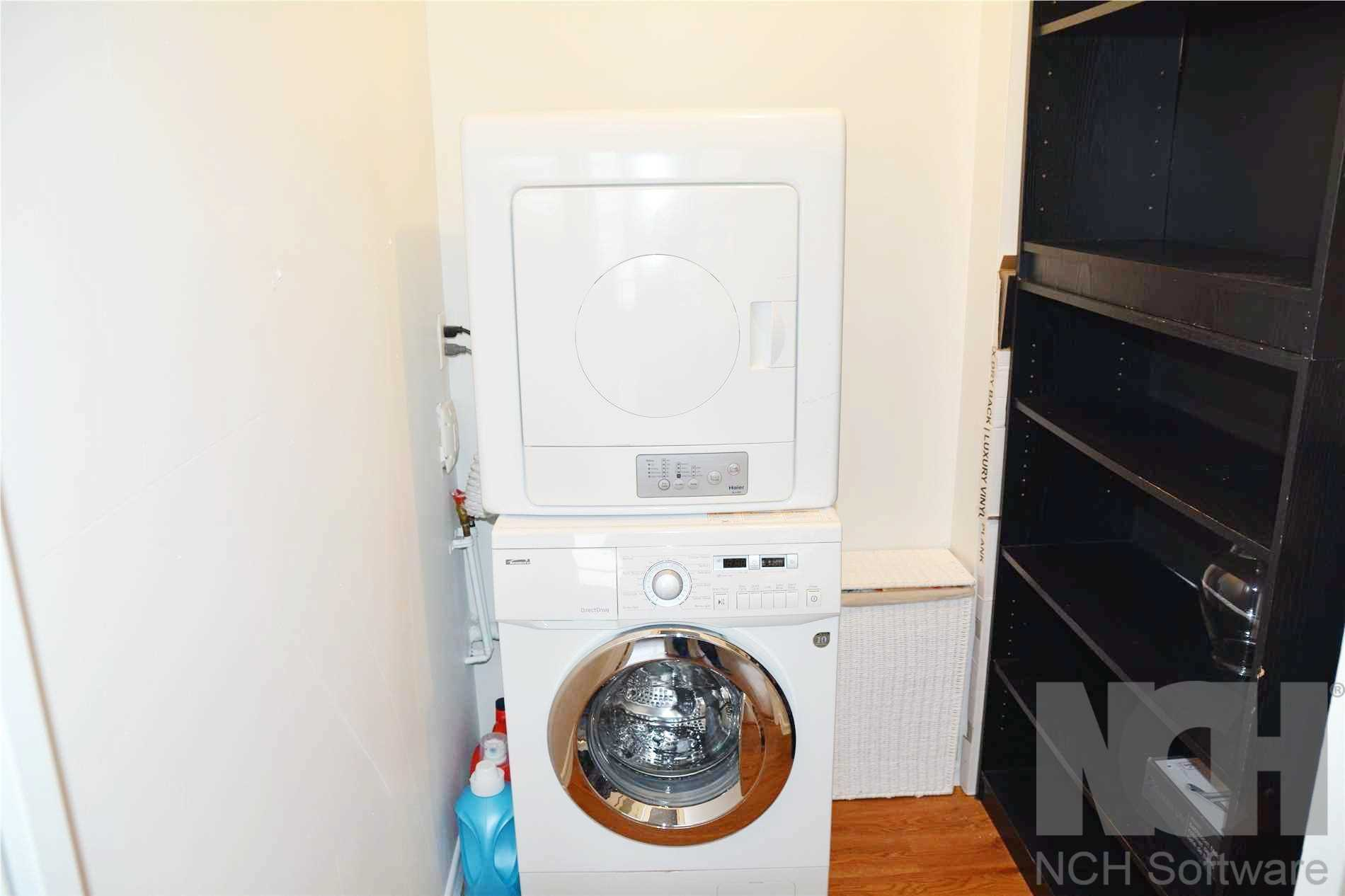 Image 6 of 14 showing inside of 3 Bedroom Condo Apt Apartment for Lease at 205 Hilda Ave Unit# 2104, Toronto M2M4B1
