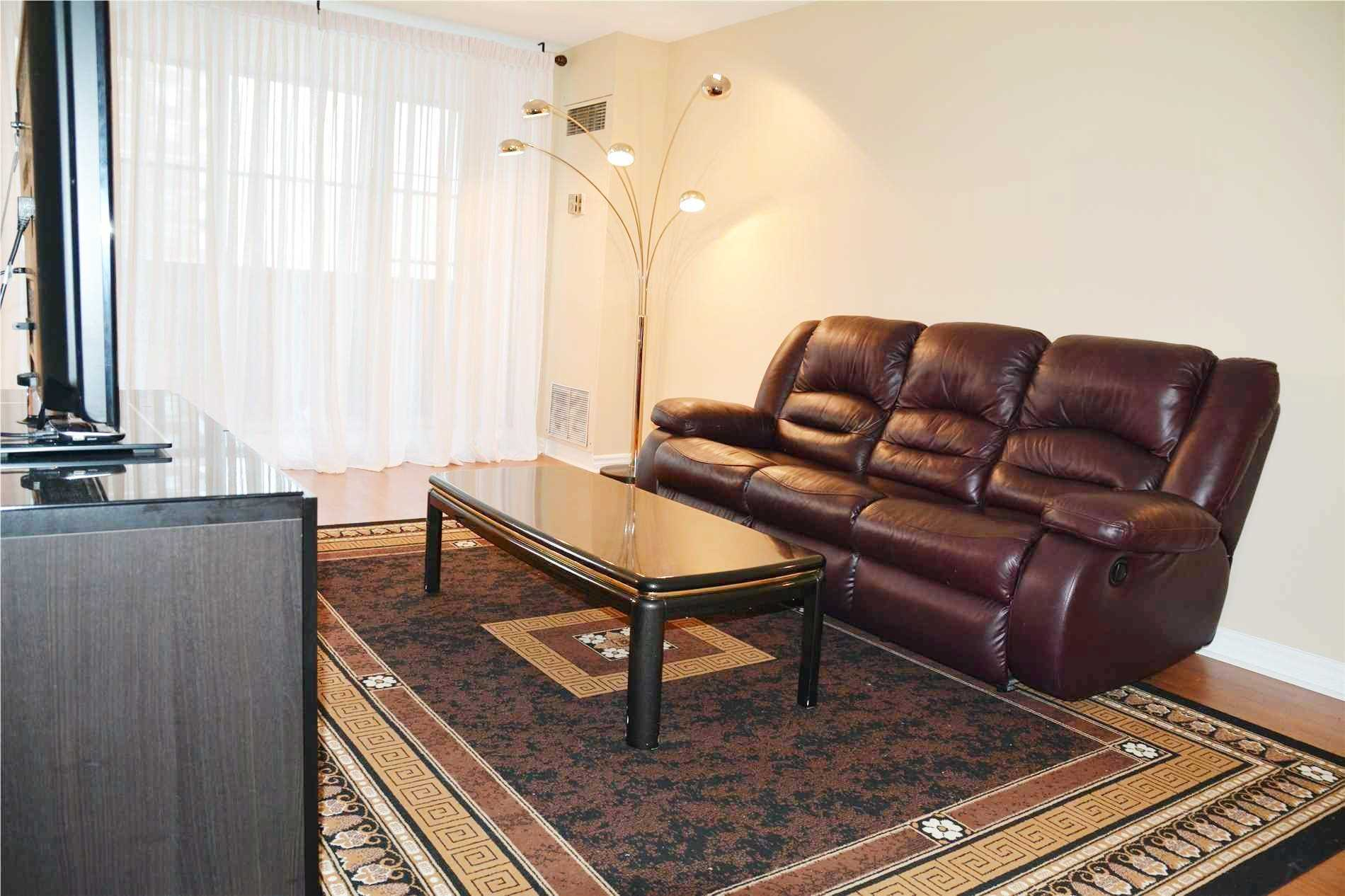 Image 7 of 14 showing inside of 3 Bedroom Condo Apt Apartment for Lease at 205 Hilda Ave Unit# 2104, Toronto M2M4B1