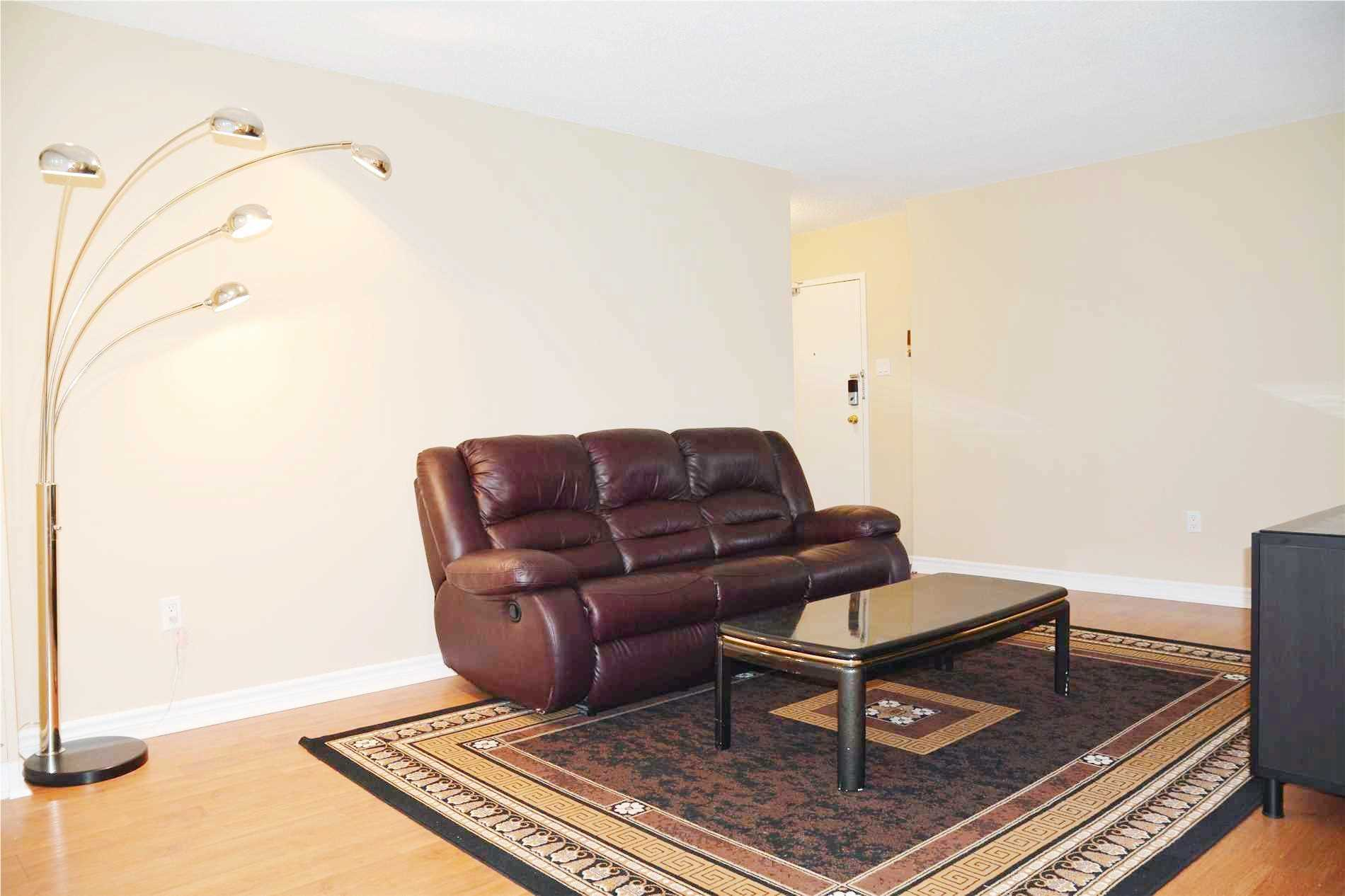 Image 8 of 14 showing inside of 3 Bedroom Condo Apt Apartment for Lease at 205 Hilda Ave Unit# 2104, Toronto M2M4B1