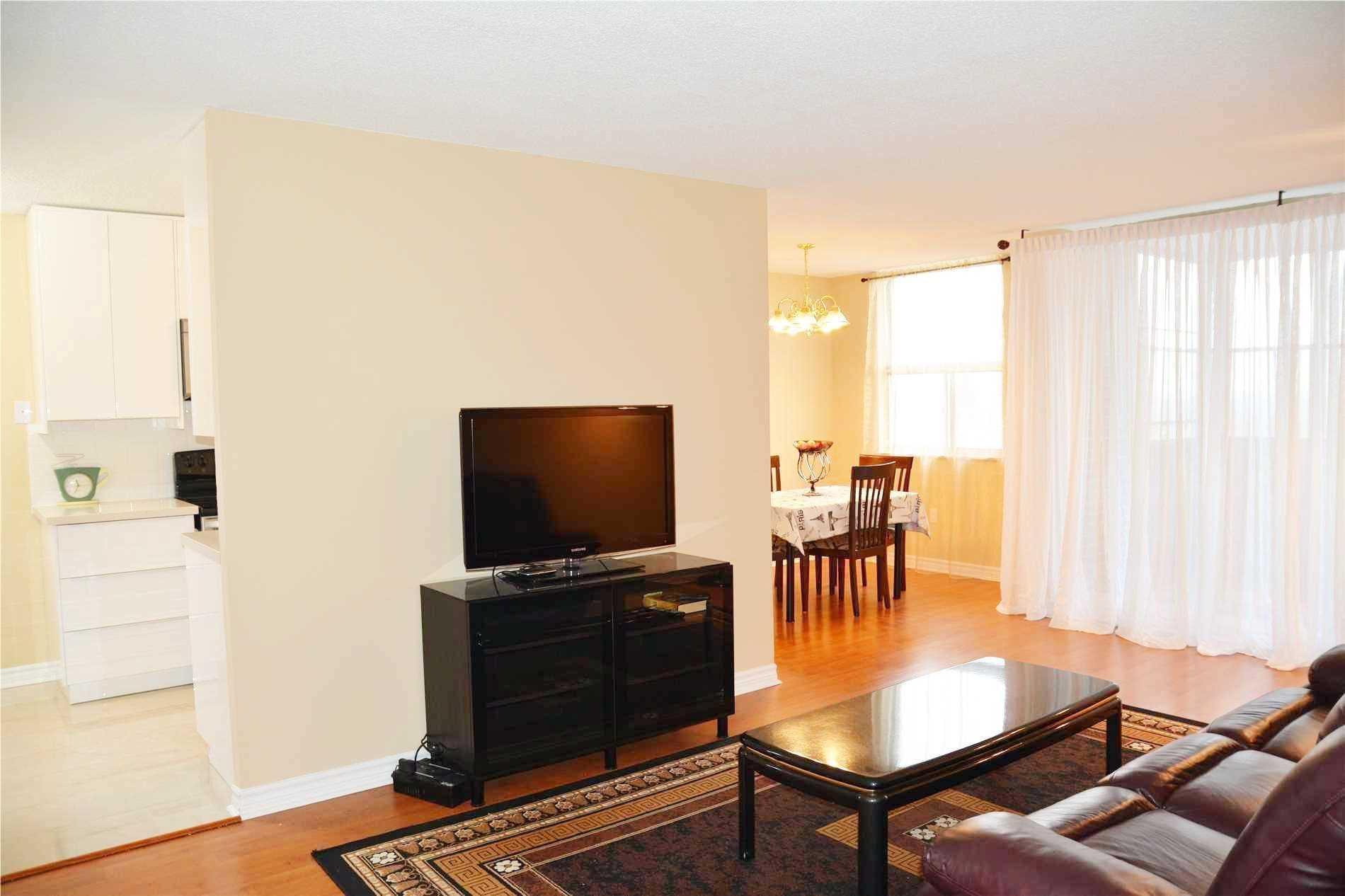 Image 9 of 14 showing inside of 3 Bedroom Condo Apt Apartment for Lease at 205 Hilda Ave Unit# 2104, Toronto M2M4B1