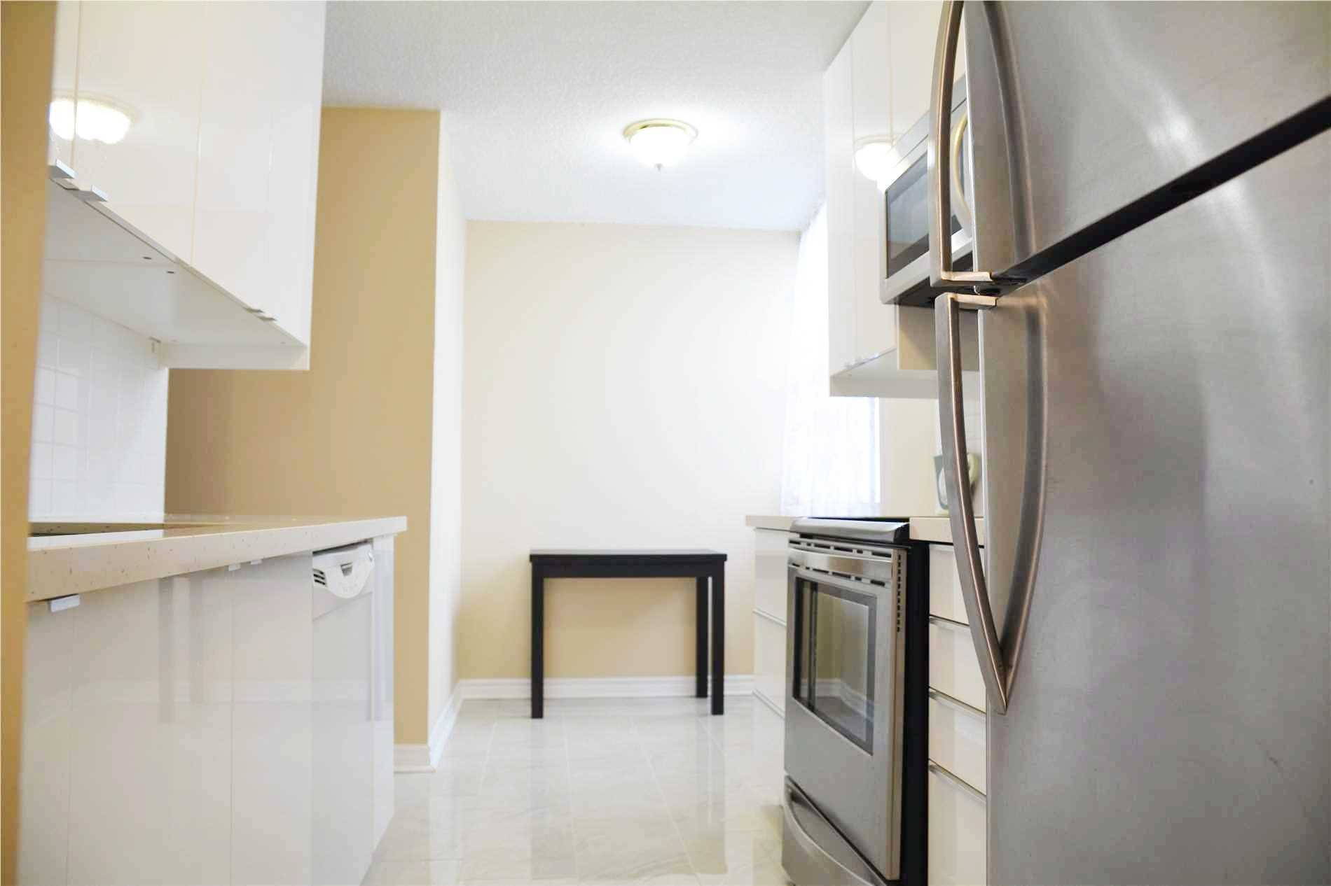 Image 13 of 14 showing inside of 3 Bedroom Condo Apt Apartment for Lease at 205 Hilda Ave Unit# 2104, Toronto M2M4B1