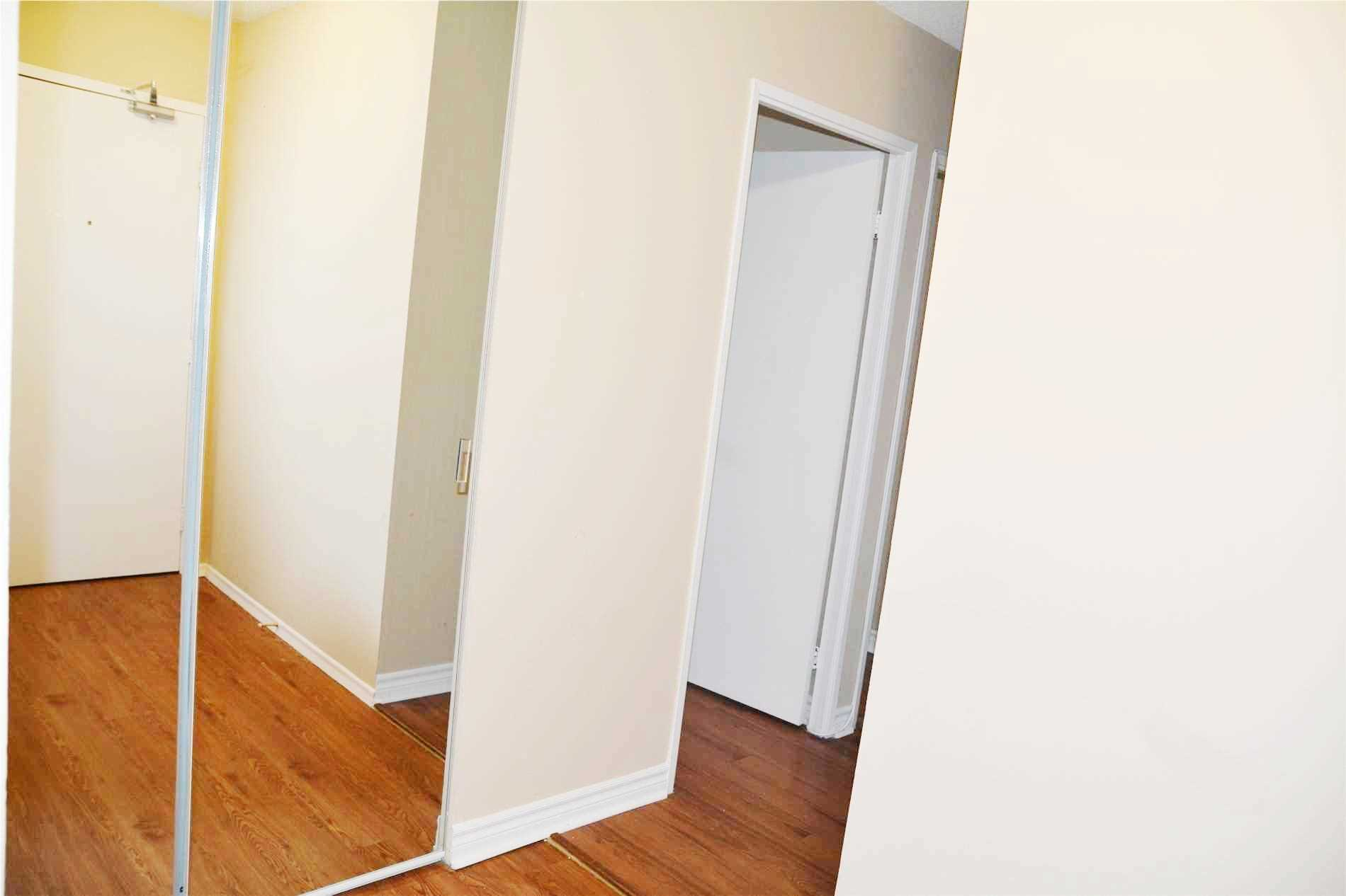 Image 14 of 14 showing inside of 3 Bedroom Condo Apt Apartment for Lease at 205 Hilda Ave Unit# 2104, Toronto M2M4B1
