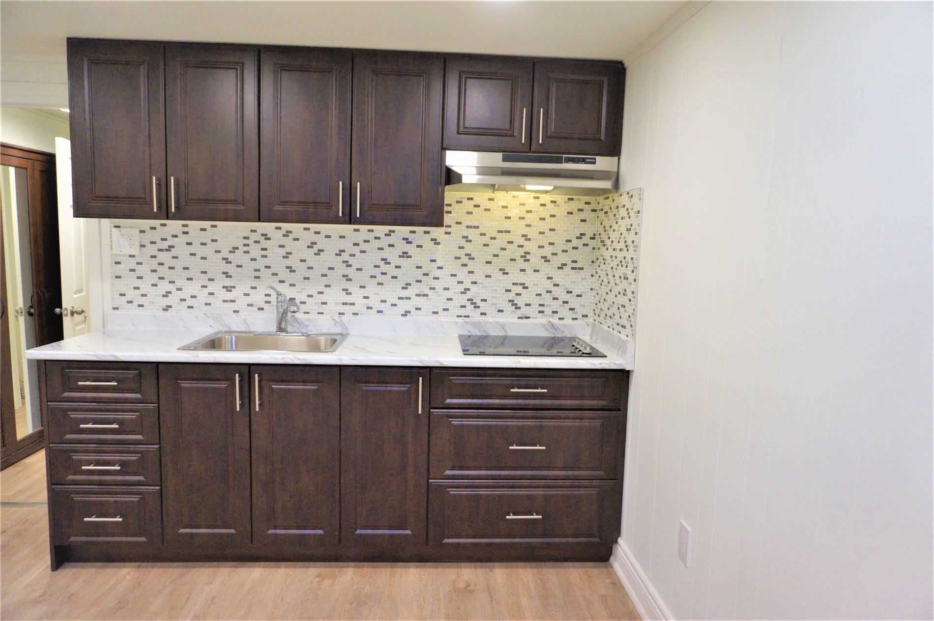 Image 1 of 10 showing inside of 1 Bedroom Detached Bungalow for Lease at 22 Otonabee Ave, Toronto M2M2S3