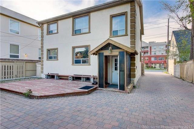 Image 6 of 13 showing inside of 2 Bedroom Detached 2-Storey for Lease at 217 Finch Ave W, Toronto M2R1M2