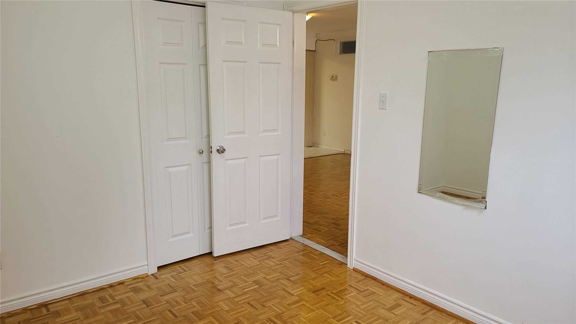 Image 11 of 13 showing inside of 2 Bedroom Detached 2-Storey for Lease at 217 Finch Ave W, Toronto M2R1M2