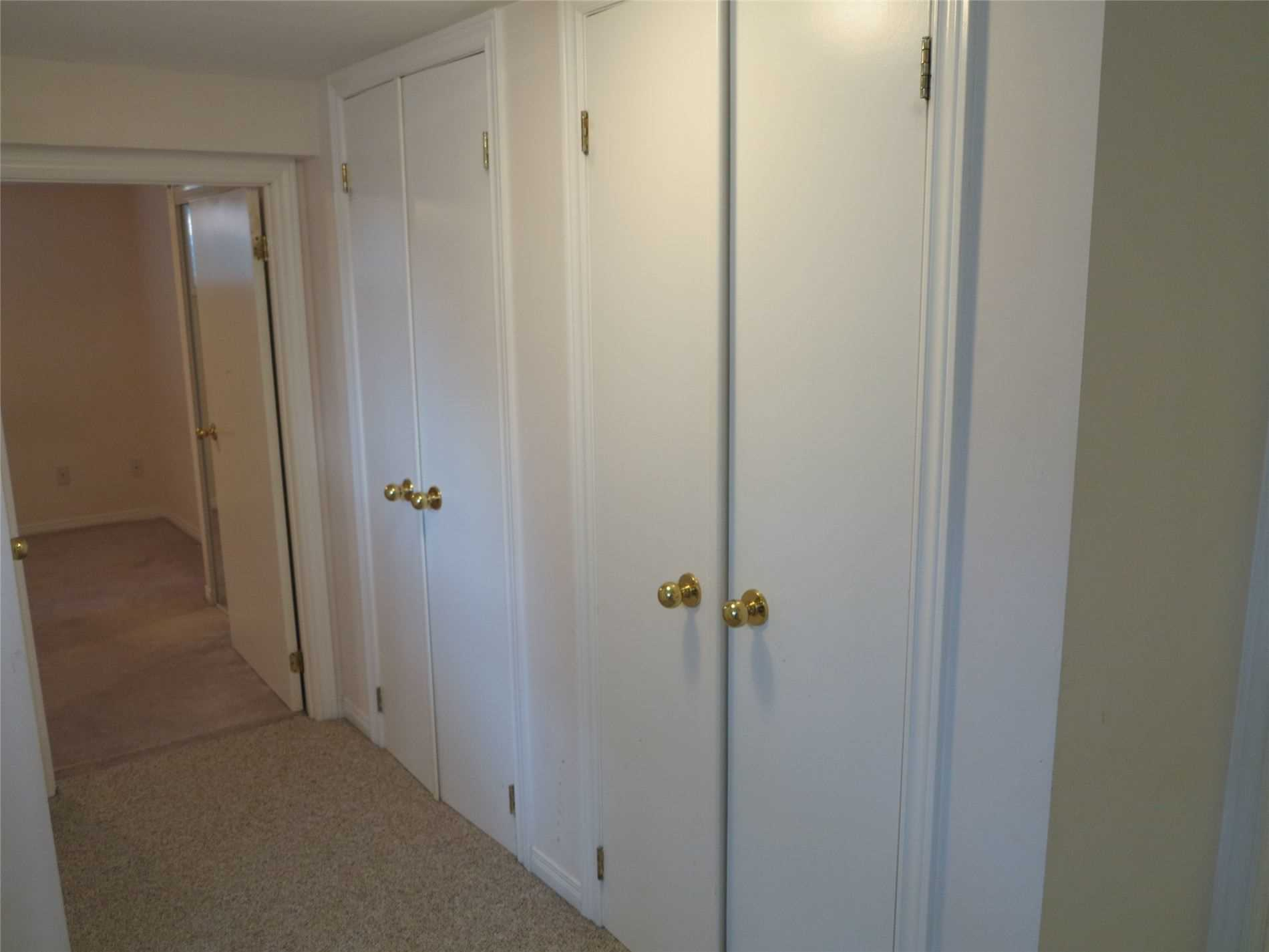 Image 22 of 30 showing inside of 3 Bedroom Detached Bungalow for Lease at 456 Drewry Ave, Toronto M2R2K7