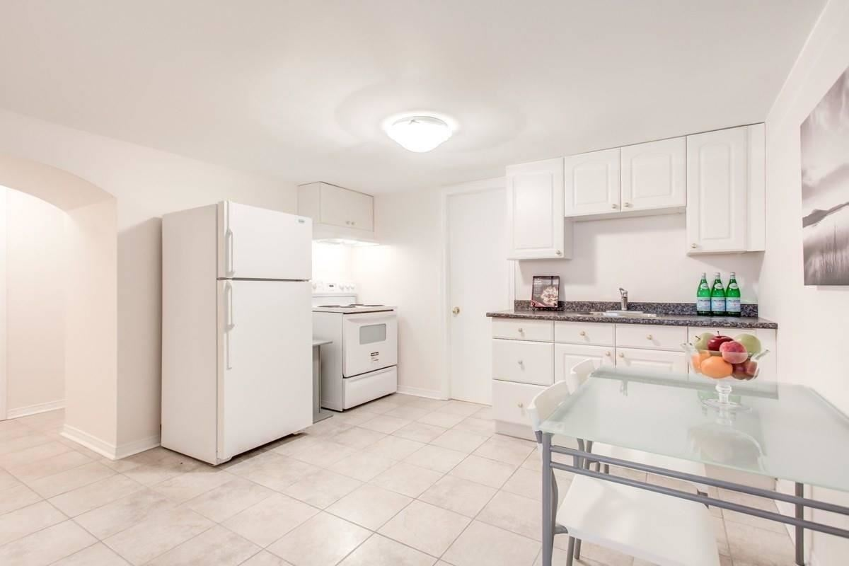 Image 30 of 30 showing inside of 3 Bedroom Detached Bungalow for Lease at 456 Drewry Ave, Toronto M2R2K7