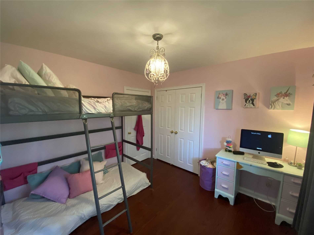 Image 8 of 31 showing inside of 3 Bedroom Detached Sidesplit 3 for Lease at 29 Revcoe Dr, Toronto M2M2B9
