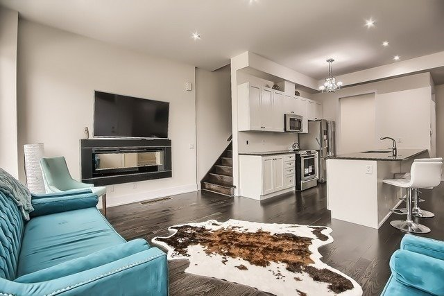 pictures of 2540 Brock Rd, Pickering L1V2P8