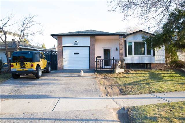 pictures of 1946 Denmar Rd, Pickering L1V 2X9