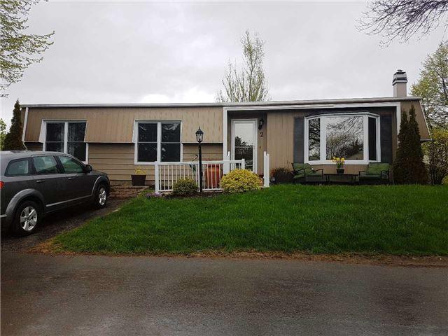 pictures of 2 Champlain Crt, Clarington L1B 1A5