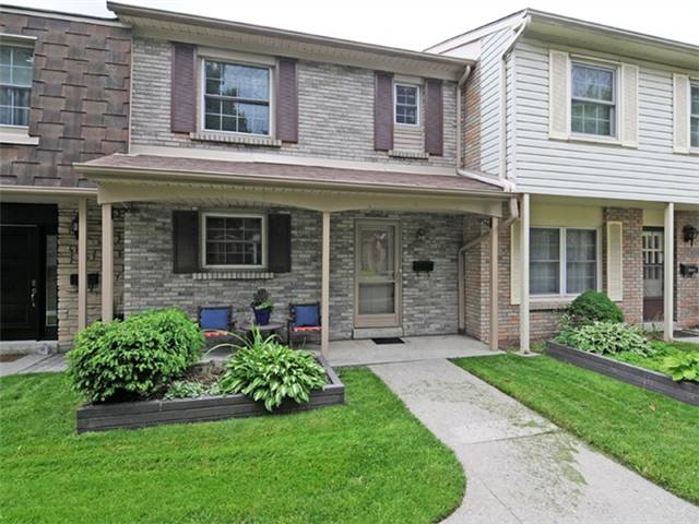 pictures of 580 Eyer Dr, Pickering L1W3B7
