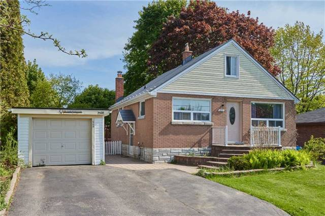 pictures of 605 Dunlop St W, Whitby L1N1V4