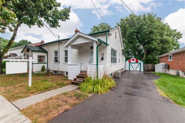 pictures of 619 Byron St S, Whitby L1N4R6