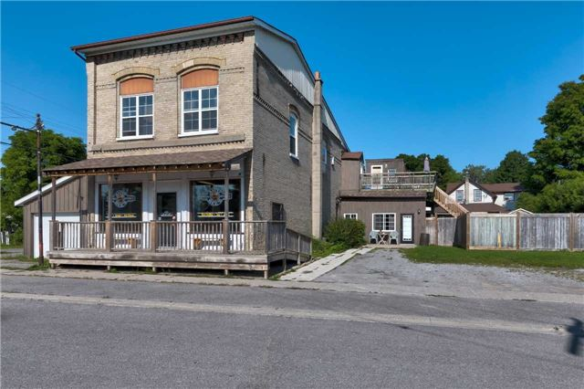 pictures of 102 River St, Scugog L0C1G0