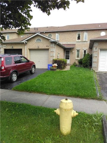 pictures of 164 Wright Cres, Ajax L1S6X5
