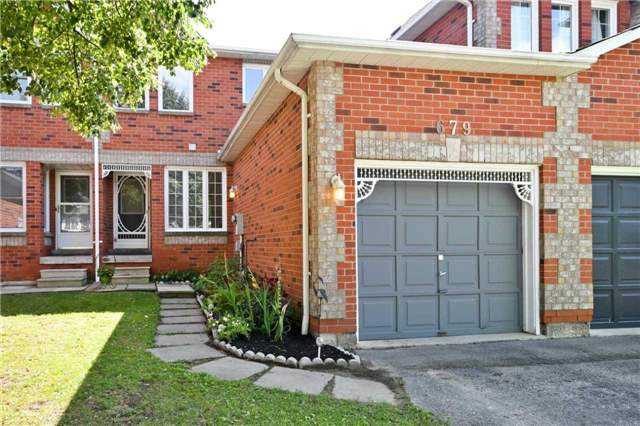 pictures of 679 Graceland Crt, Pickering L1V6P2