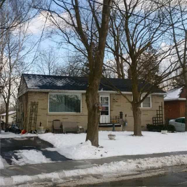 pictures of 1703 Dufferin St, Whitby L1N1B5