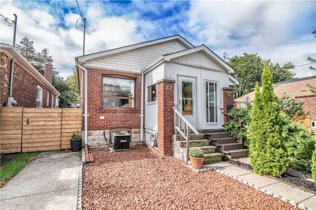 pictures of 37 Gowan Ave, Toronto M4K2C8