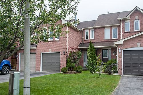 pictures of 46 Pinebrook Cres, Whitby L1R2J7