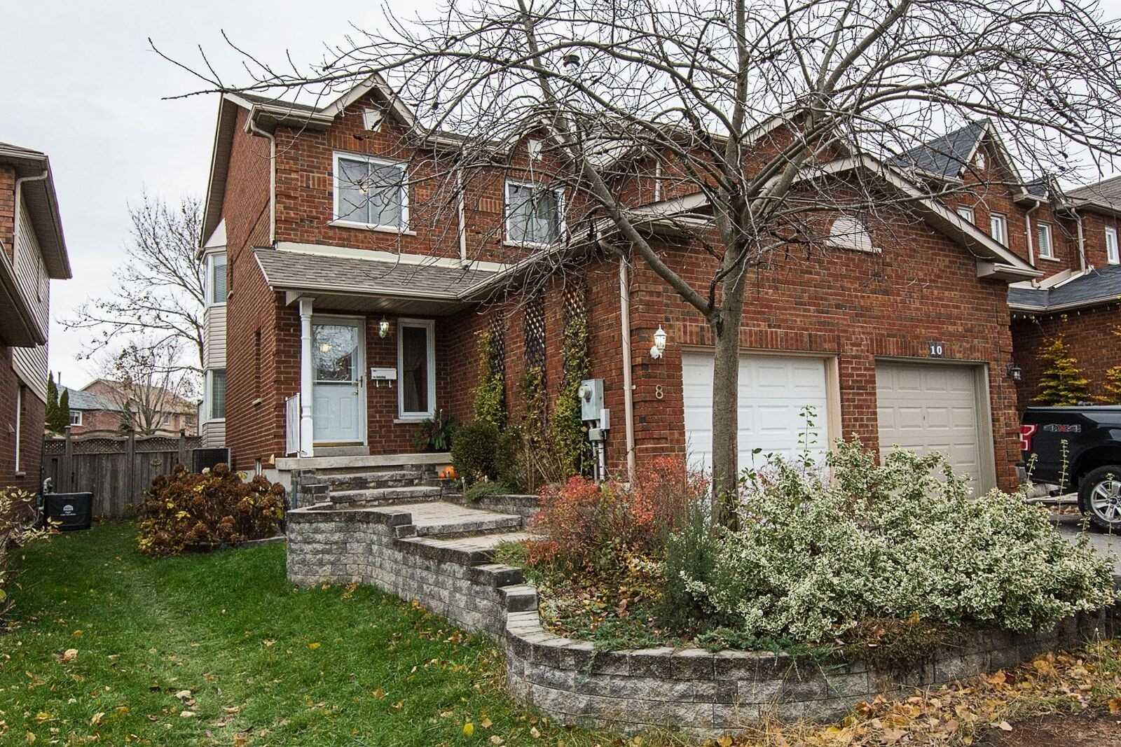 pictures of 8 Fulton Cres, Whitby L1R2C9