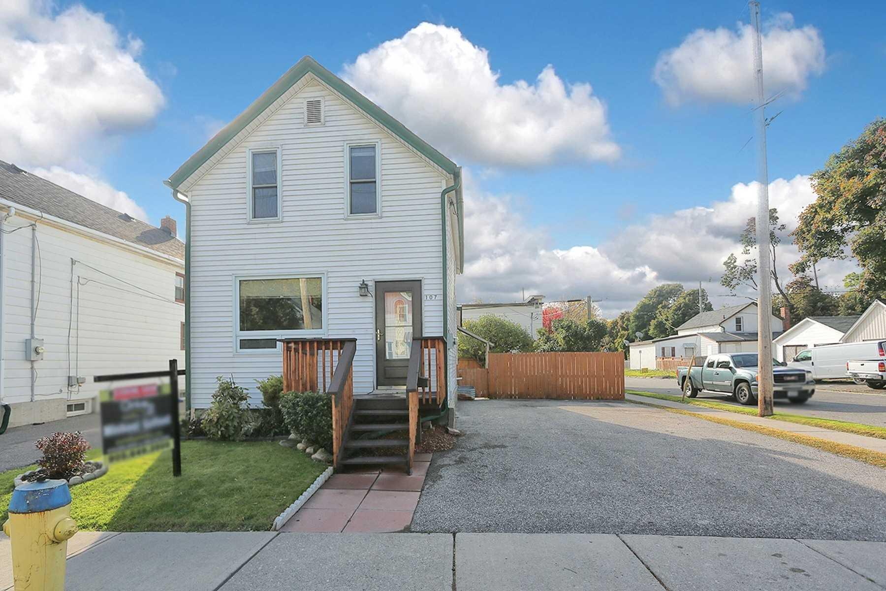 pictures of 107 Banting Ave, Oshawa L1H2M5