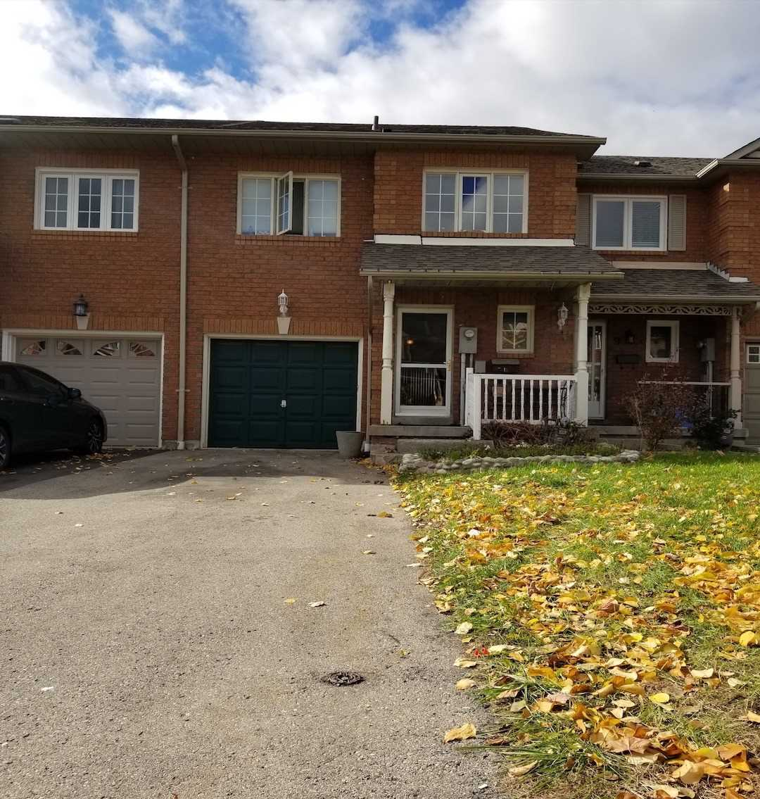 pictures of 7 Smales Dr, Ajax L1Z1H1