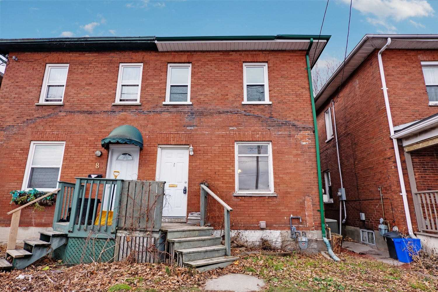 pictures of 6 Liberty St S, Clarington L1C2N2