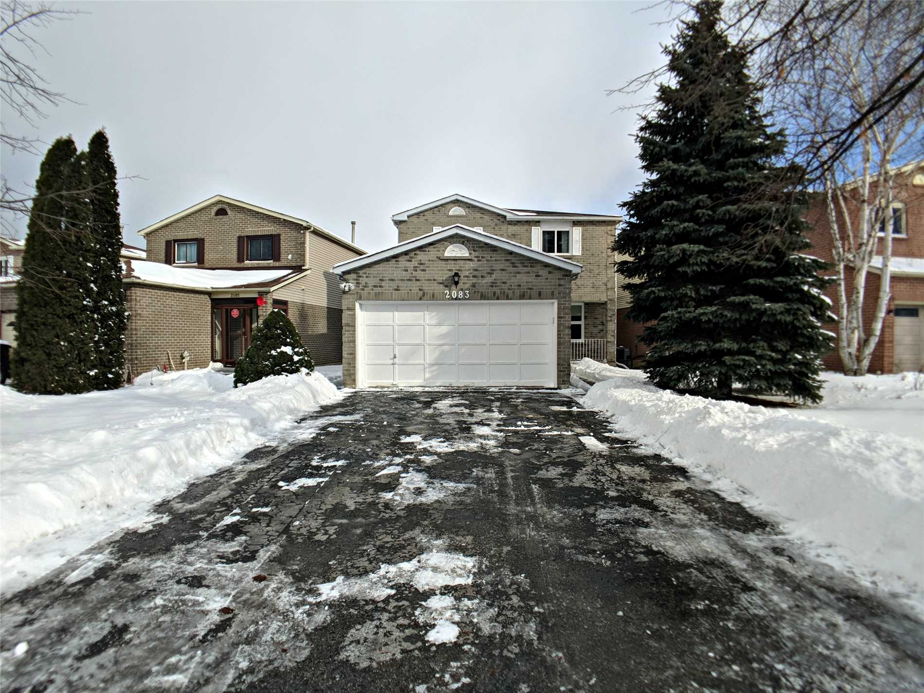 pictures of 2083 Duberry Dr, Pickering L1X1Y7