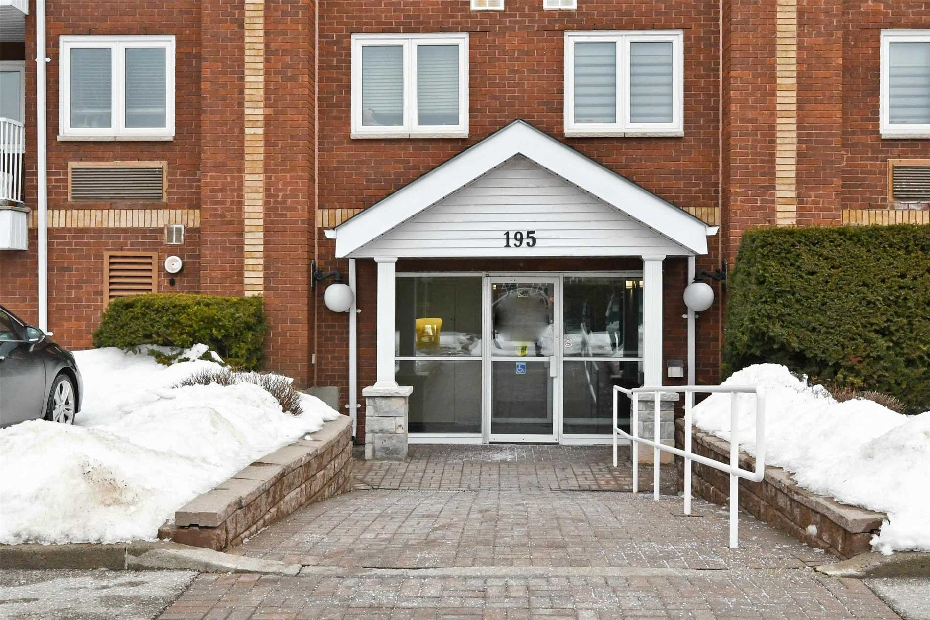 pictures of 195 Lake Driveway Way W, Ajax L1S 7H7