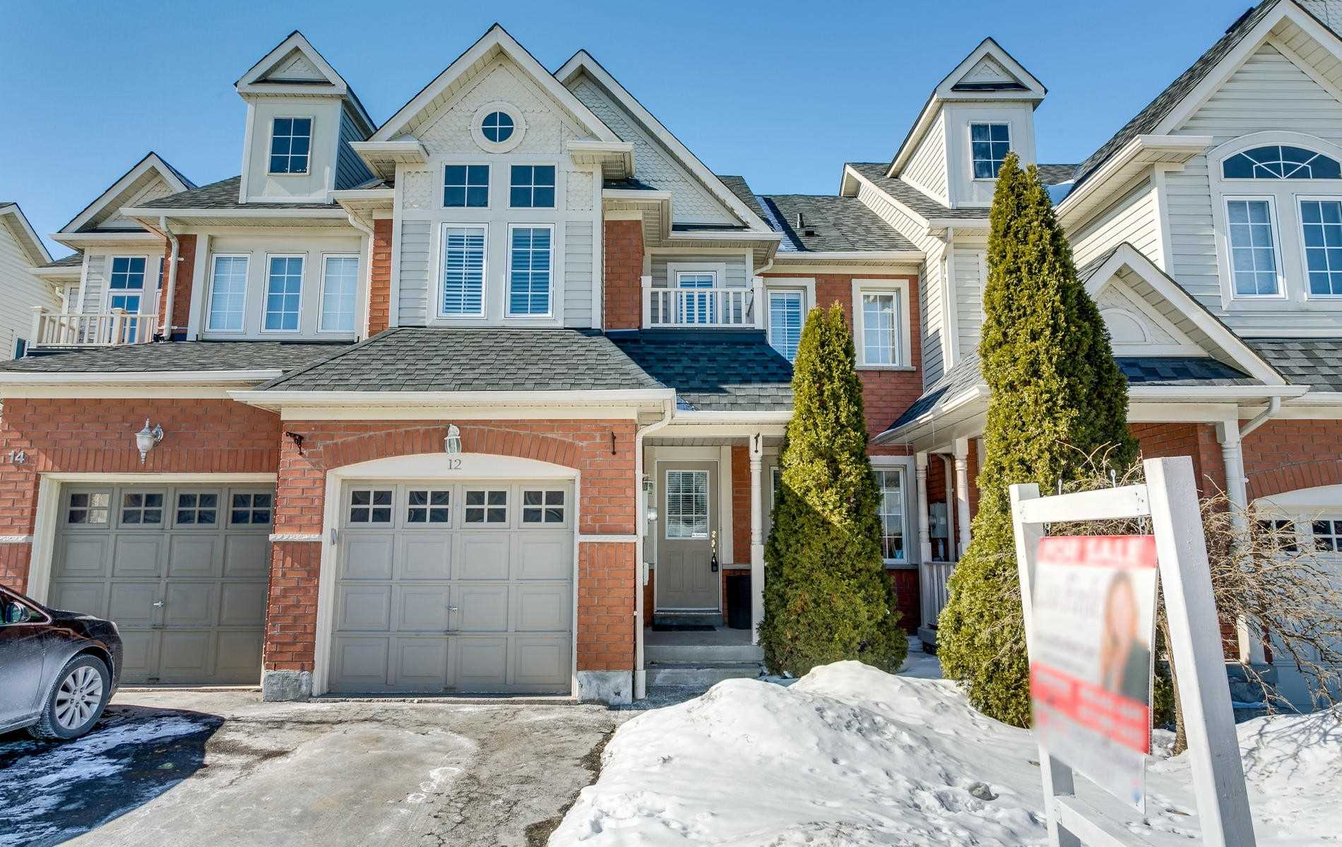 pictures of 12 Whitewater St, Whitby L1R2S9
