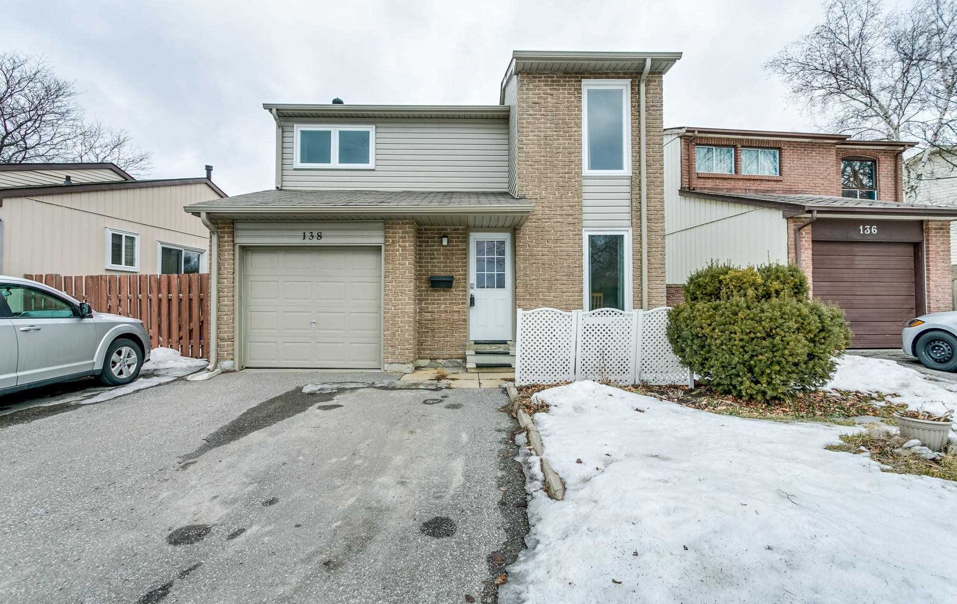 pictures of 138 Rands Rd, Ajax L1S3P4