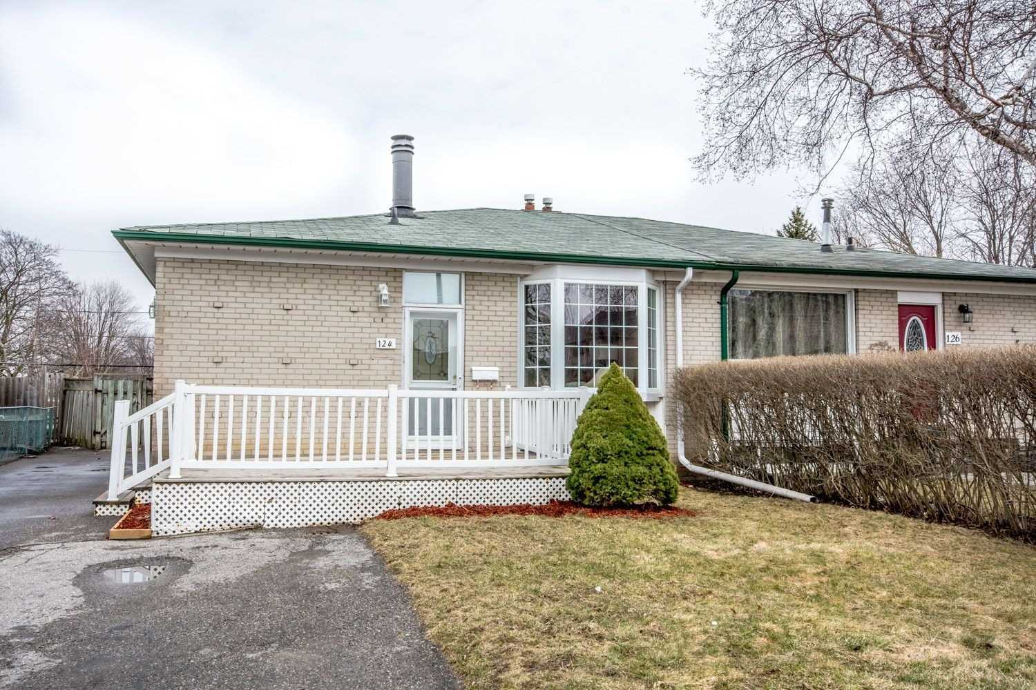 pictures of 124 Burcher Rd, Ajax L1S2R4