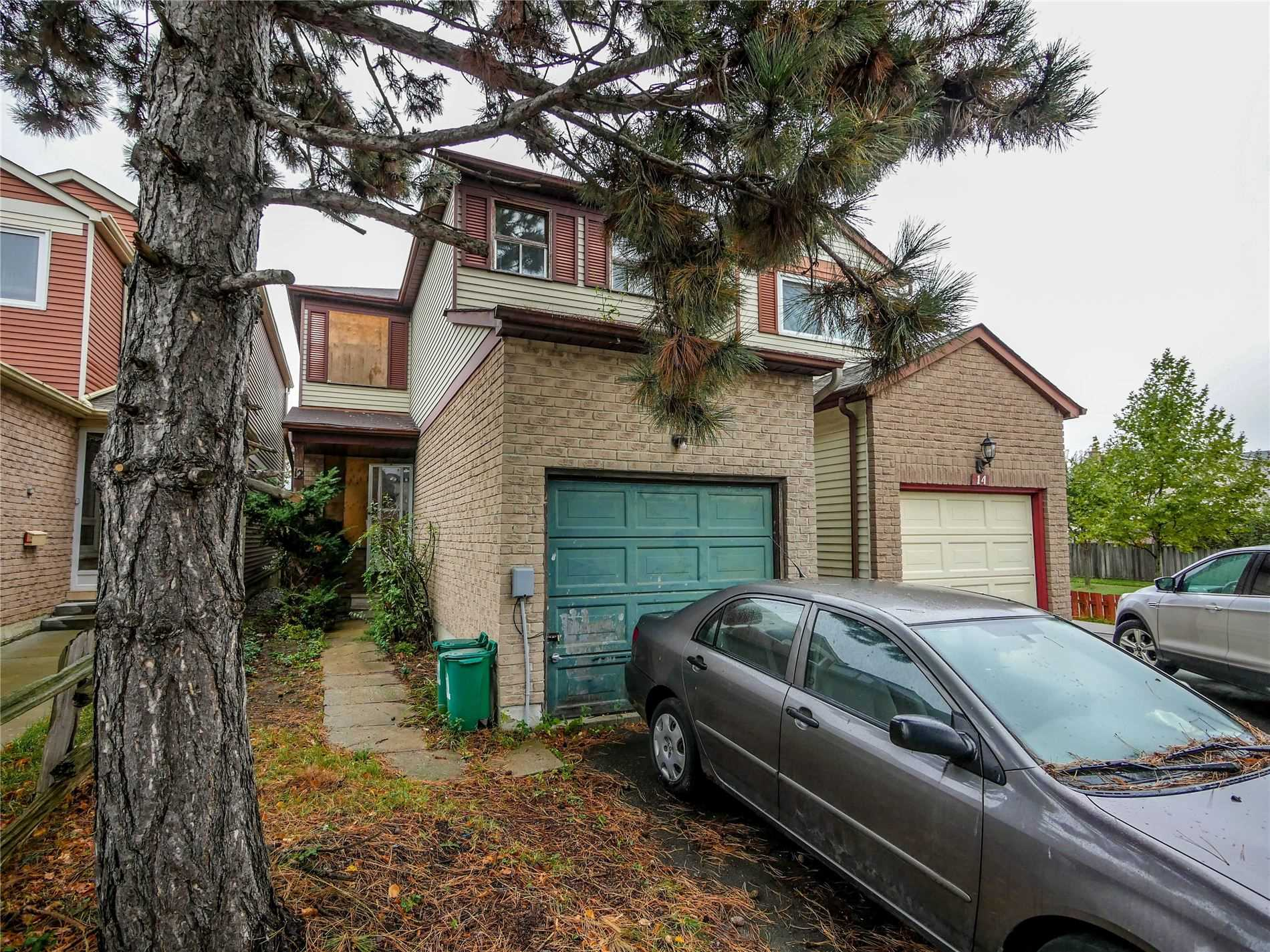 pictures of house for sale MLS: E4603766 located at 12 Warwick Castle Crt, Toronto M1B3E2