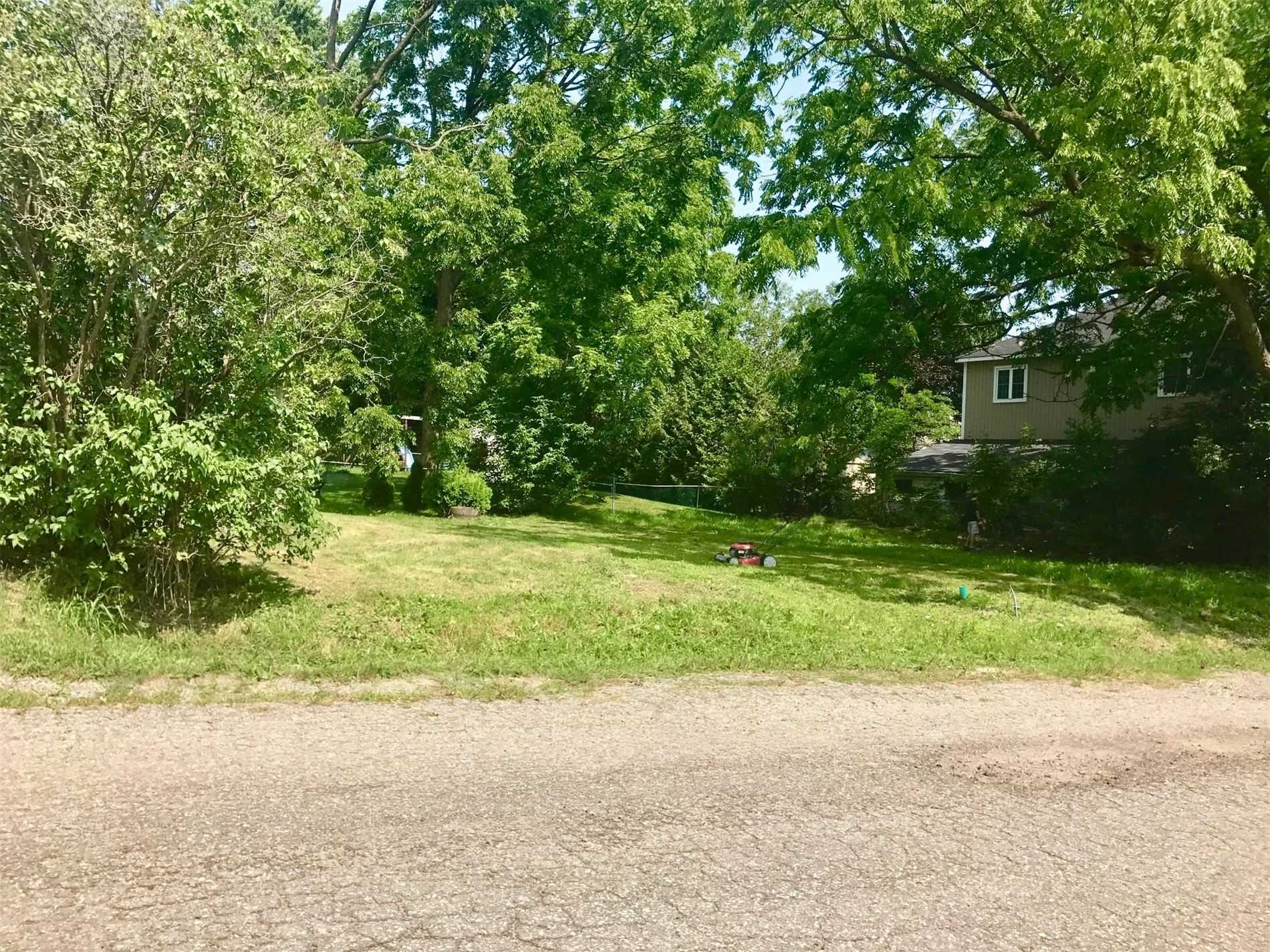 pictures of house for sale MLS: E4635092 located at 359 Clark St, Scugog L9L1J7