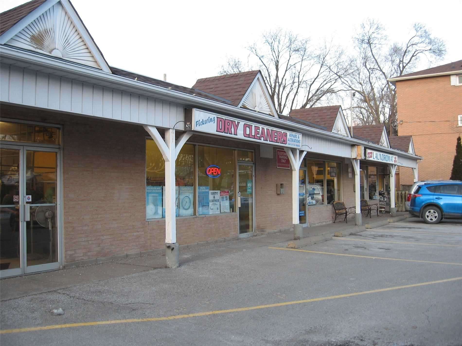 pictures of 6 Lincoln St, Ajax L1S 6C8