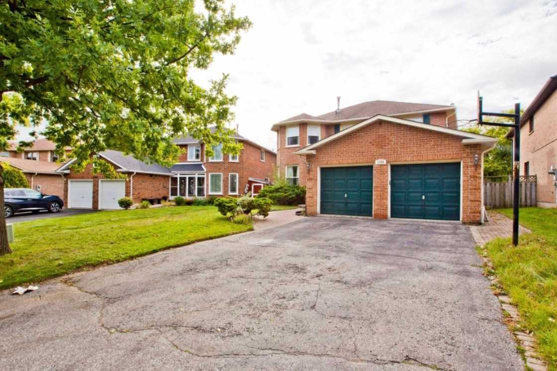 pictures of 1058 Sherman  Cres, Pickering L1X1P7