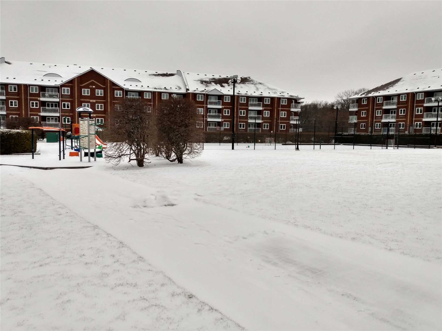 pictures of 189 Lake Driveway Way, Ajax L1S7J1