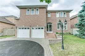 pictures of 95 Erickson Dr, Whitby L1N8Z2