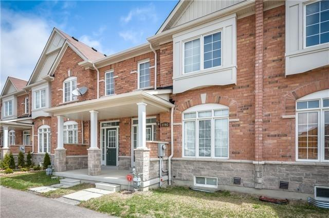 pictures of house for sale MLS: E4694967 located at 2793 William Jackson Dr, Pickering L1X0C1