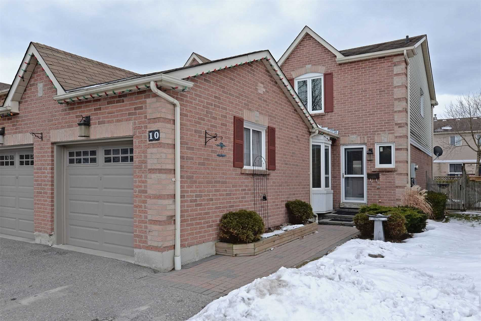 pictures of house for sale MLS: E4696897 located at 10 Rollo Dr, Ajax L1S7E7