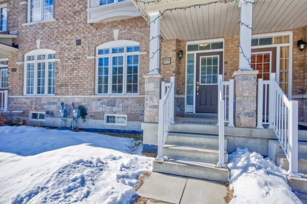 pictures of house for sale MLS: E4698321 located at 2516 Tillings Rd, Pickering L1X0C5