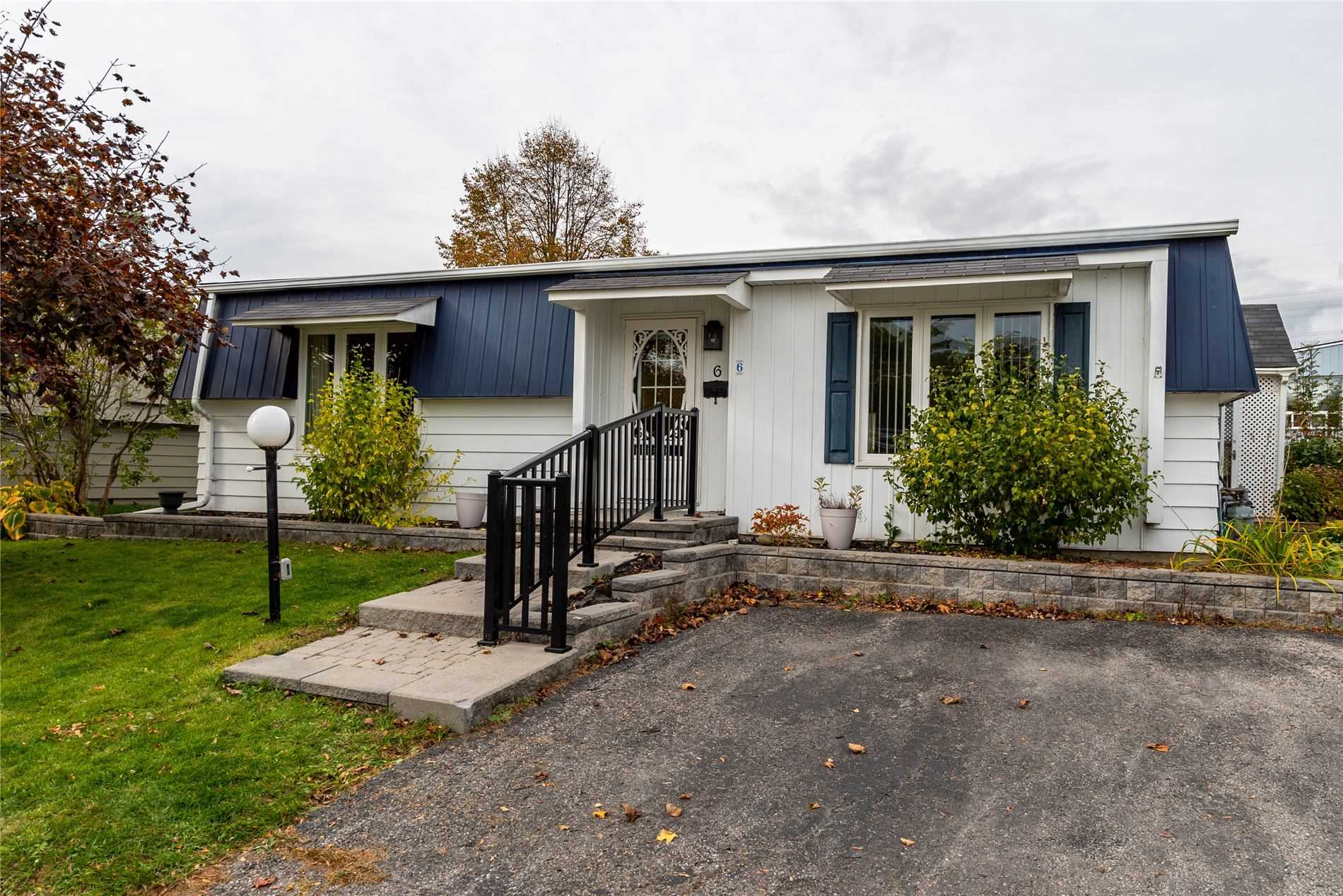 pictures of house for sale MLS: E4712865 located at 6 Champlain Crt, Clarington L1B1A5