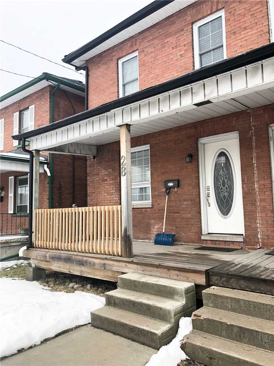 pictures of house for sale MLS: E4715347 located at 28 Liberty St S, Clarington L1C2L5